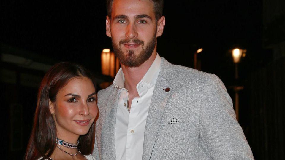 Sila Sahin und Samuel Sahin-Radlinger sind schwanger: Das Paar auf einer Veranstaltung in Bad Segeberg