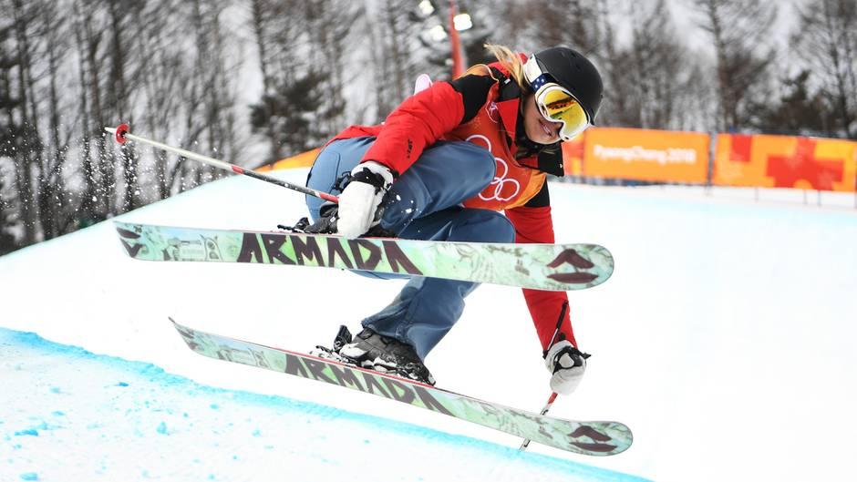 Ski-Freestyle-Dilettantin: Sie ist die schlechteste Sportlerin bei Olympia, aber das stört sie nicht