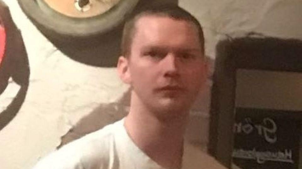 Mit diesem Foto sucht die Hamburger Polizei nach dem vermissten Schotten Liam Colgan