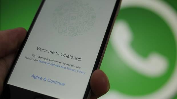 Whatsapp auf dem Smartphone, Edeka Betrugsmasche