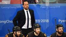 Olympia 2018: Eishockey-Bundestrainer Marco Sturm verfolgt den sensationellen Sieg von Deutschland über Kanada