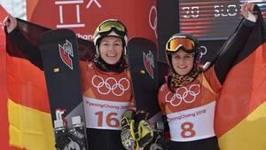 Deutsche Snowboarderinnen Selina Jörg und Ramona Hofmeister gewinnen Silber und Bronze - Jubel in Schwarz-Rot-Gold