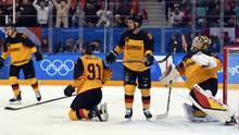 Olympia 2018: Eishockey-Finale Deutsche Spieler enttäuscht nach Tor zum 3:4