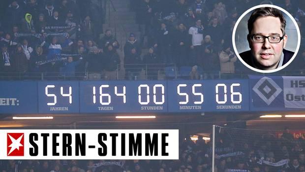 Noch läuft die Uhr im Hamburger Volksparkstadion und prahlt mit 54 Jahren Erstliga-Fußball