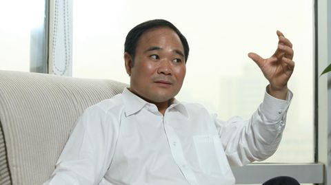 Geely-Chef Li Shufu ist neuer Großaktionär bei Daimler.