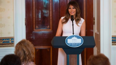 First Lady Melania Trump hält eine Rede
