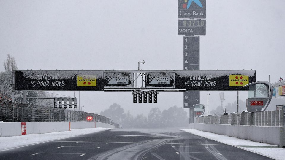 Formel 1 - Tests - Barcelona - Schnee - Winter