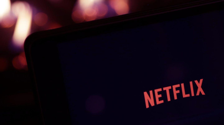 Netflix-Logo auf Bildschirm