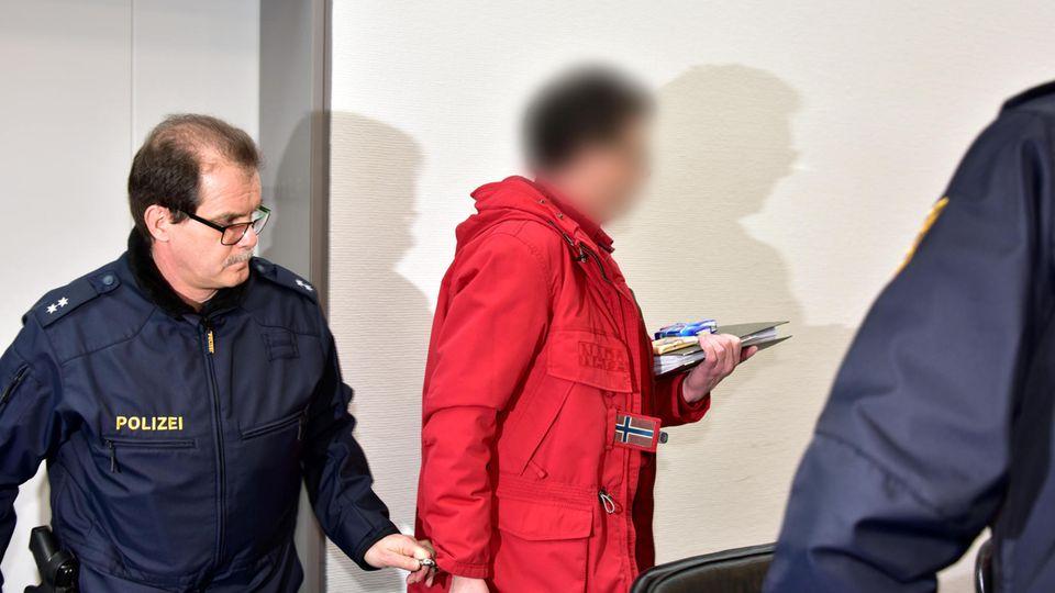 Die bizarren Erklärungen fruchteten nicht – der 53-jährige Landwirt muss ins Gefängnis, nachdem er versuchte, seine Eltern mit Rattengift umzubringen