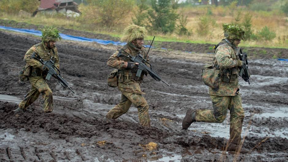 Bundeswehr-Soldaten bei einer Übung