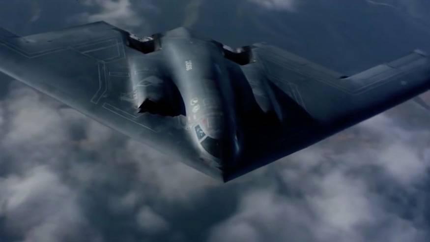 """Tarnkappenbomber B-2: Vom Nuklearbomber zur Mehrzweckwaffe: Die """"Spirit"""" ist seit 25 Jahren Symbol der US-Militärmacht"""