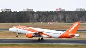 Ein Airbus der Fluggesellschaft Easyjet