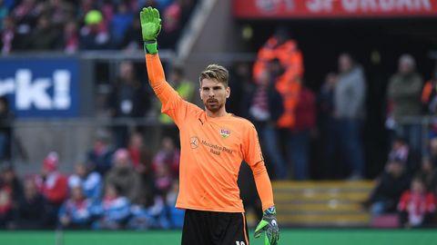 VfB-Torwart Ron-Ronald Zieler Zieler beim Spiel gegen den 1. FC Köln