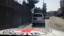 Hilfskonvoi fährt durch Ost-Ghuta