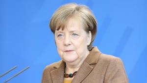 Angela Merkel am Rednerpult