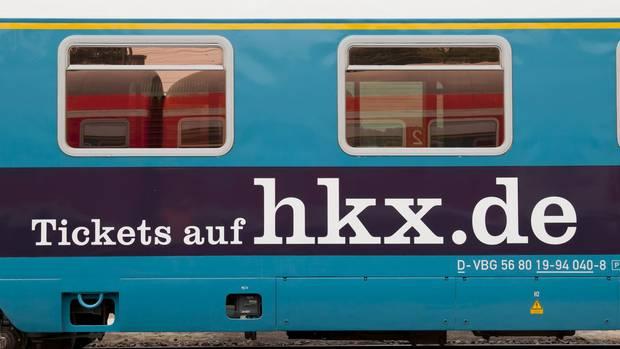 Soll der Bahn Kunden im Fernverkehr abjagen: der Hamburg-Köln-Express- kurz HKX.