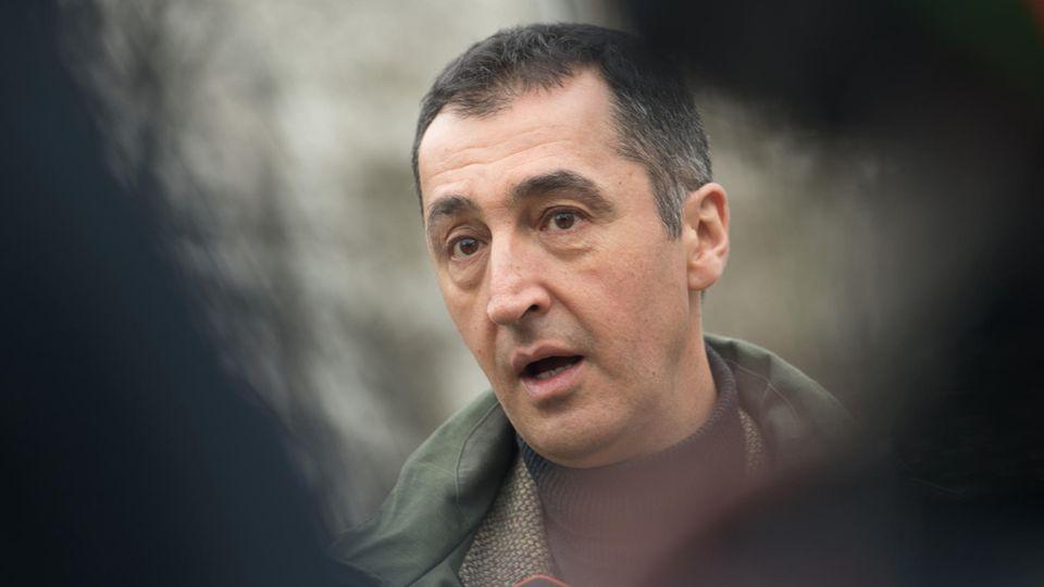 """Cem Özdemir: """"Man wünscht sich zuweilen Stoiber und Beckstein zurück."""""""