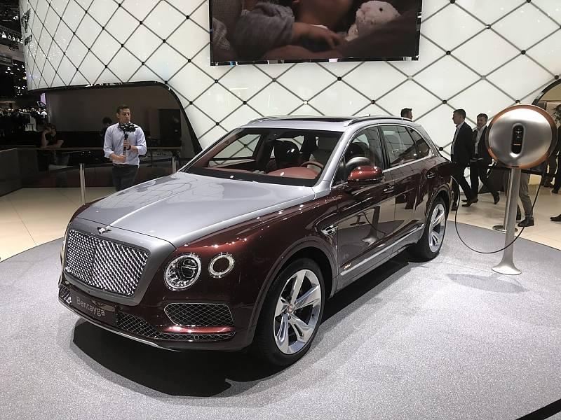 Bentley Bentayga Hybrid - mit über 460 PS und 50 km elektrischer Reichweite