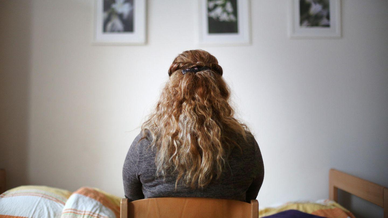 Eine Schutzbedürftige im Frauenhaus: Die Einrichtungen müssen aus Platznot häufig Frauen abweisen - ein gefährlicher Zustand.