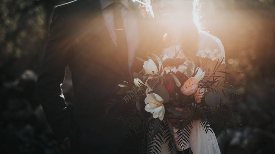 Hochzeit: Was bringt ein Ehevertrag?
