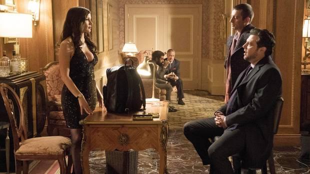 """Filmszenen aus """"Molly's Game"""": Jessica Chastain spielt die dominante Pokerprinzessin"""