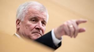 Horst Seehofer - innenminister - Abschiebungen