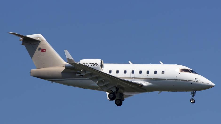 Flugzeugabsturz Unternehmerstochter Und Freundinnen Sterben Nach