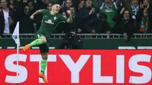 Werder Bremens Milot Rashica feiert das zweite Tor gegen den 1. FC Köln