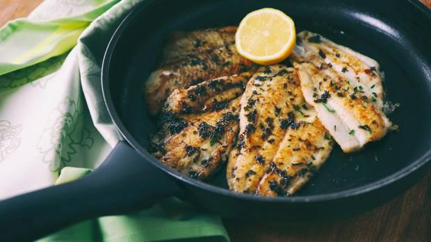 Fisch in Pfanne