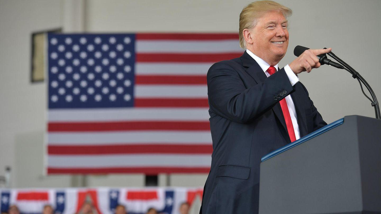 Nachdem er Rex Tillerson entlassen hatte, besuchte Donald Trump die Marine Corps Air Station Miramar in San Diego
