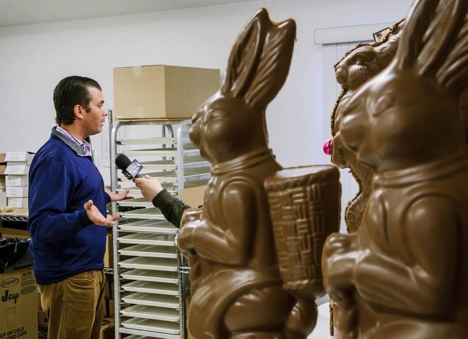 Lustiges Foto: Trump Jr. besucht eine Schokoladenfabrik - das ist ein gefundenes Fressen für die Twitter-User