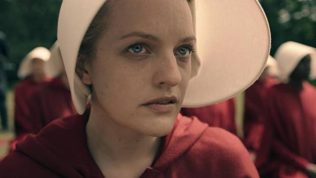 """Elisabeth Moss spielt die Hauptrolle in """"The Handmaid's Tale - Der Report der Magd"""": Ab 15. März gibt es Staffel eins fürs Hei"""