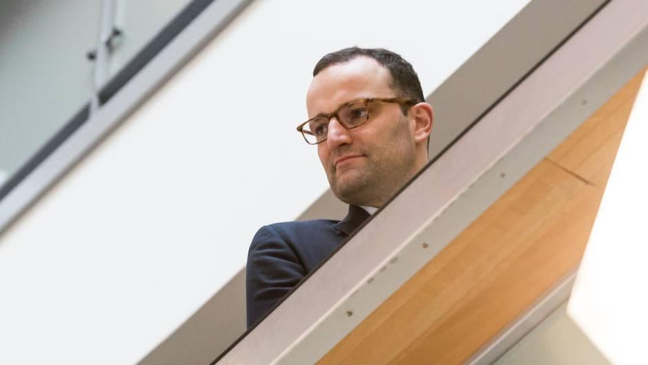 Jens Spahn in Erklärungsnot: Hartz-IV Empfängerin reagiert mit offenem Brief auf Spahns Aussage