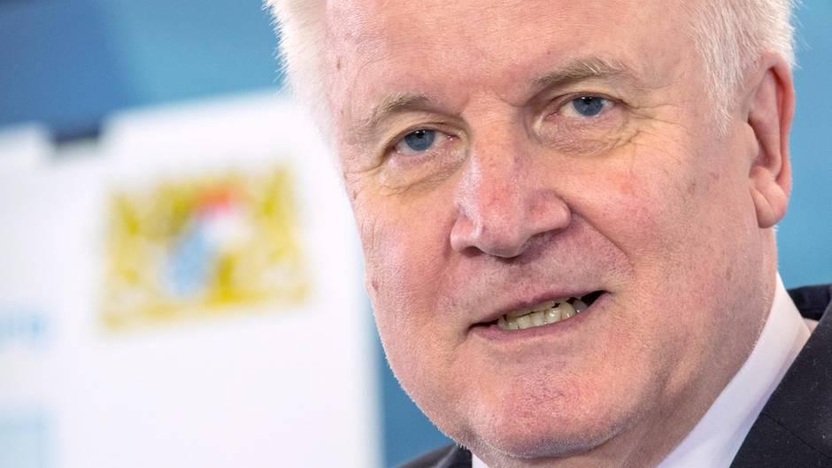 """Innenminister Horst Seehofer: """"Deutschland ist durch das Christentum geprägt."""""""