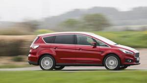 Der Ford S-Max ist 4,80 Meter lang