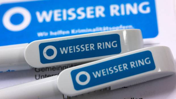 """Vorwürfe gegen einen ehemaligen """"Weißer Ring""""-Mitarbeiter in Lübeck: Er soll Frauen belästigt haben"""