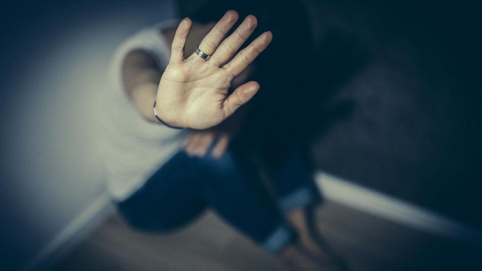 Frauen in Not sollen belästigt worden sein (Symbolbild)