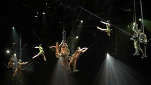 """Artisten des """"Cirque de Soleil"""" bei der Aufführung (Archivbild)"""