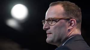 Jens Spahn hat die Gegner des Werbeverbots für Abtreibungen scharf angegriffen