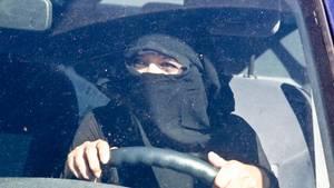 Schleierverbot am Steuer - Muslimin scheitert mit Eilklage