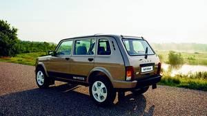 Lada 4x4 als Fünftürer