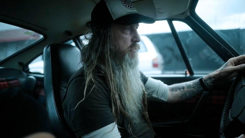 Porsche-Einsiedler aus L.A.: Joko trifft Magnus Walker