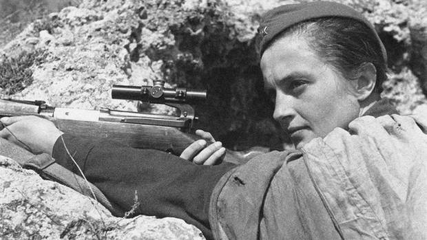 Lyudmila Mikhailovna Pavlichenko war eine intellektuelle Schützin, die sich auf ihren Instinkt und ihre Berechnungen verlassen konnte.