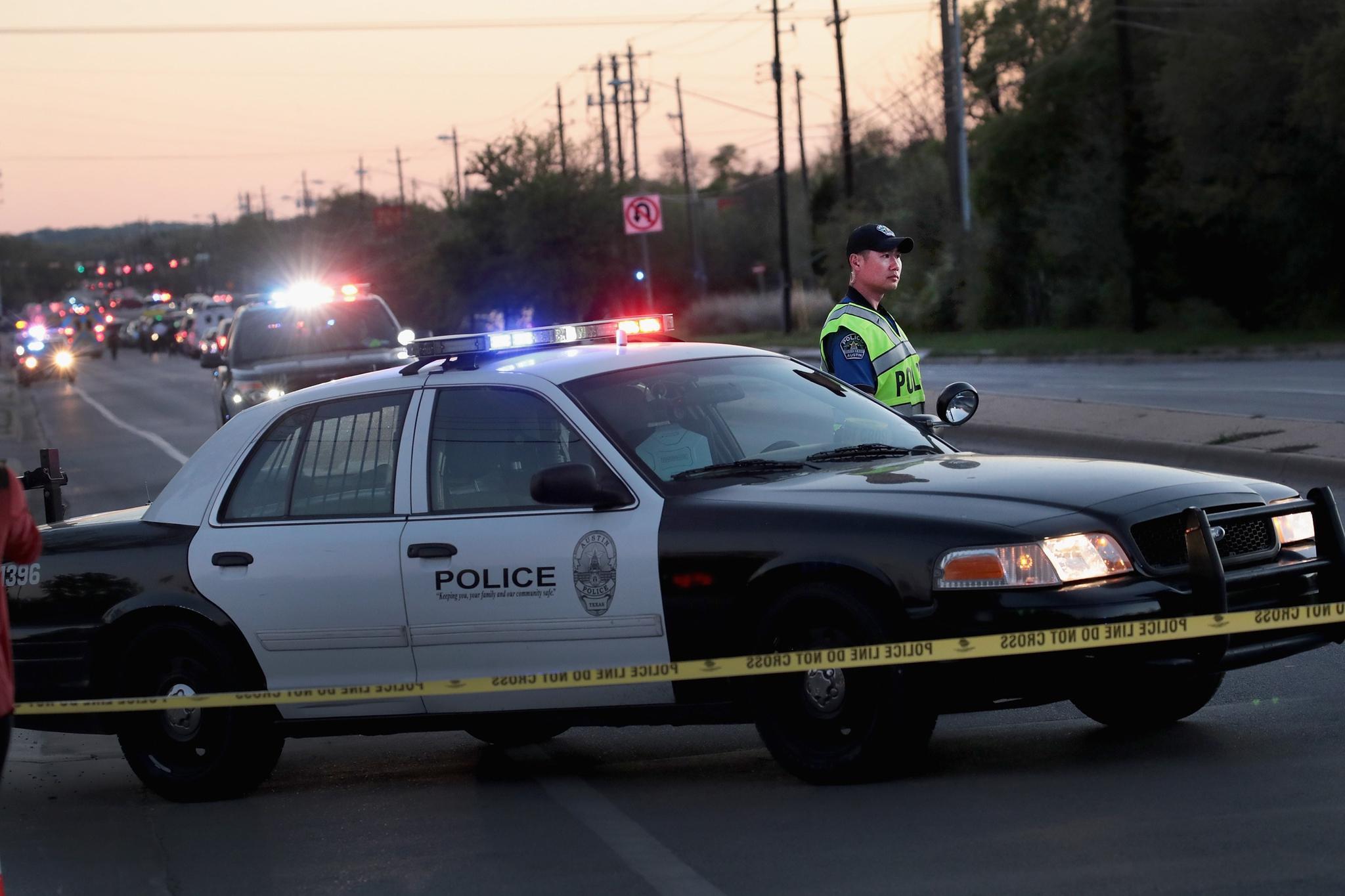 Austin: Mutmaßlicher Paketbomber von Austin laut Polizei tot | STERN.de