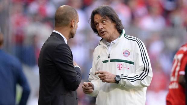 2013 mit Trainer Pep Guardiola, der ihn nach Jahrzehnten von der Bayern-Bank vertrieb