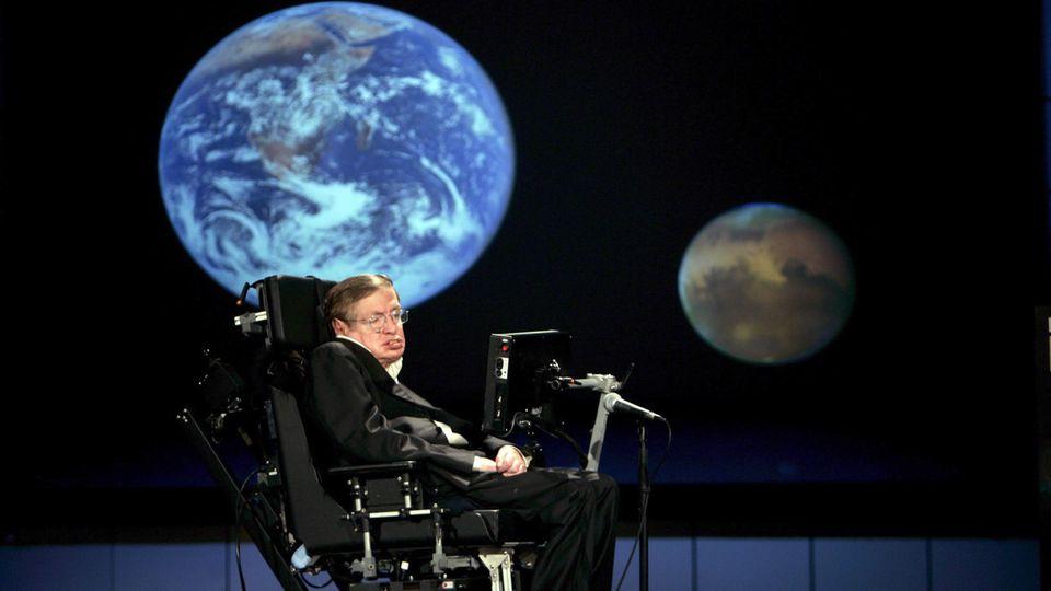 Stephen Hawking prophezeite der Menschheit ein Leben im Luxus - mit einer Voraussetzung