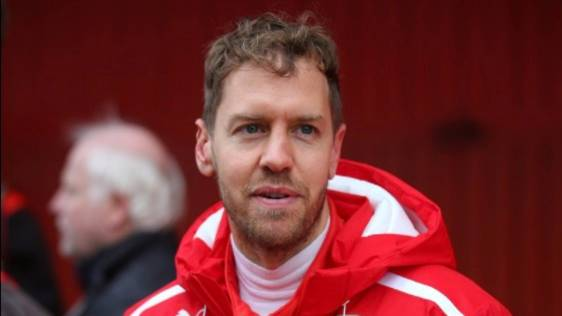 Neue Frisur: So wuschelig sieht Sebastian Vettel nicht mehr aus - und viele Fans sind entsetzt