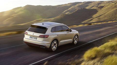 Der VW Touareg teilt sich die Plattform mit dem Audi Q7 und dem Bentley Bentayga