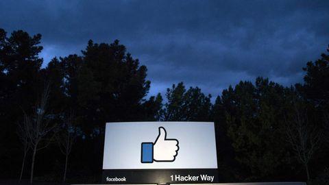 Ein Werbeschild am Facebook-Hauptquartier