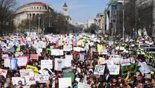 Teilnehmer einer Demonstration gegen Waffengewalt in Washington